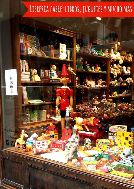 Libreria especializada en cuentos en alemán y una gran selección de juguetes de madera